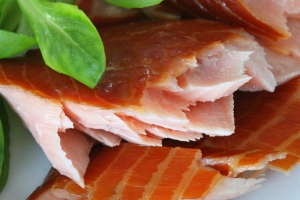 Hot smoked Atlantic salmon (A Acadien Atlantic)